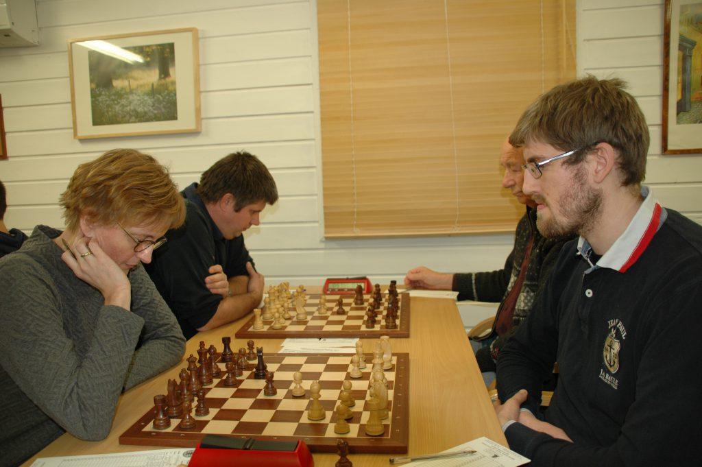 Aud Norunn mot Christoffer i forgrunnen